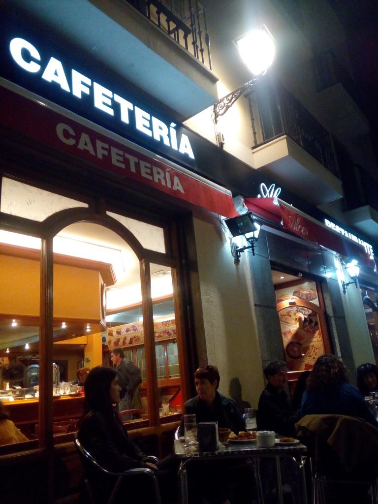 Bares Con Terraza Y Tapa Gratis En Madrid Cafetería